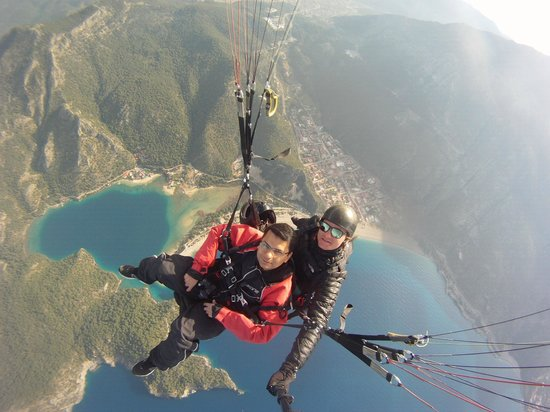 Re Action Paragliding: We had great conversation while taking in the views
