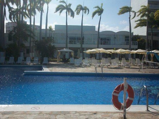 Bella Vista Hotel: piscina