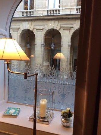 La Clef Louvre: ここはパリ 朝食から始まる一日