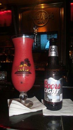 Hard Rock Cafe - Punta Cana: el mejor strawberry daiquiri de Punta Cana!!