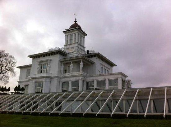 Hvidøre Castle