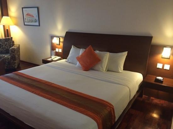 The Luxton Bandung: honeymoon suite