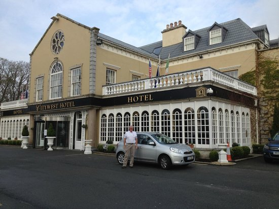 Citywest Hotel: Entry and rental car