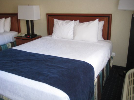 Best Western Mission Bay : Bed(s)
