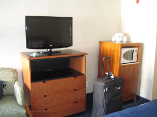 BEST WESTERN Mission Bay: HDTV, Microwave & Half-Refrigerator