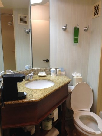 Hampton Inn Ft. Lauderdale - Cypress Creek: Super clean bathroom-- plenty of space for my toiletry bags and curling iron