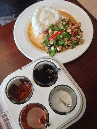 Club One Seven Phuket : L'un des meilleurs plats thaï !