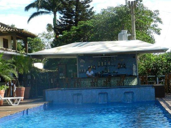Pousada Dos Reis : Bar ao lado da piscina