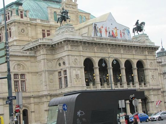 Historic Center of Vienna: The Opera House
