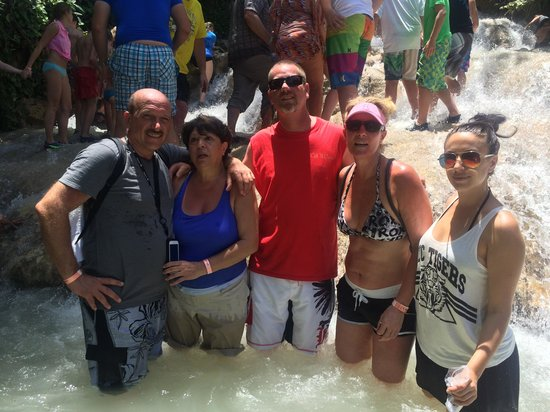 Dunn's River Falls and Park: Having fun the family and friends