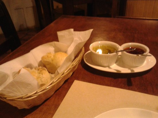 The Corner Pizzeria & Cafeteria : These appetizer rolls were cooked fresh and tasty