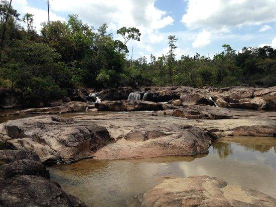 Rio On Pools: Small waterfalls
