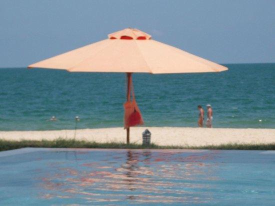 Unique Mui Ne Resort : Pool view