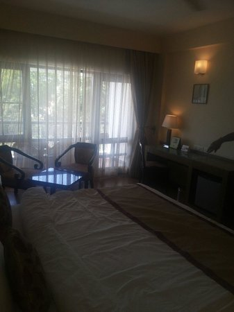 Country Inn & Suites by Carlson Mussoorie: Rooms