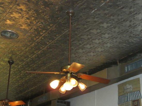 Palmer's Village Cafe : Tin ceiling