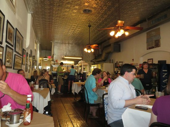 Palmer's Village Cafe: Always busy...but the wait is not long