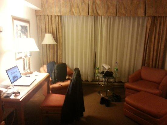 Hotel Gouverneur Place Dupuis Montreal : Bedroom 1