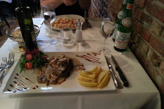 Bocca d'Oro: Veal With Mushroom