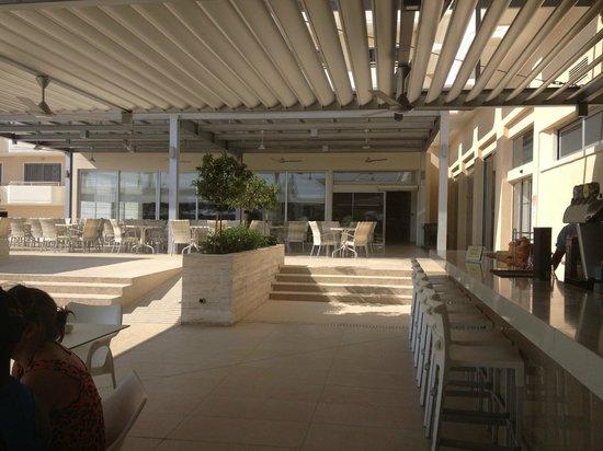 Nestor Hotel : terrasse