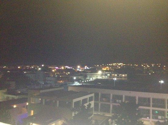 Nestor Hotel : Vue de nuit