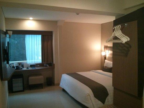 Hotel Neo Kuta Jelantik : Bigger room