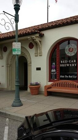 Red Car Brewery : View of the main entrance
