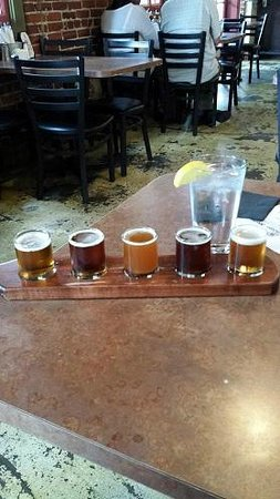 Red Car Brewery: A sample platter of beer
