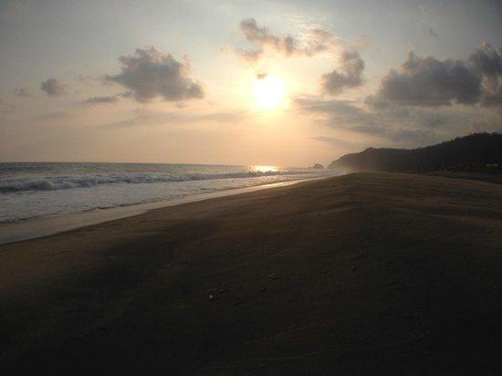 Celeste Del Mar : the beach
