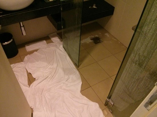 Premiera Hotel Kuala Lumpur: Floood - other than this I have no complain