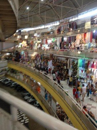 4 andares de muitas compras... - Foto de Mercado Central de ... 304ade22715