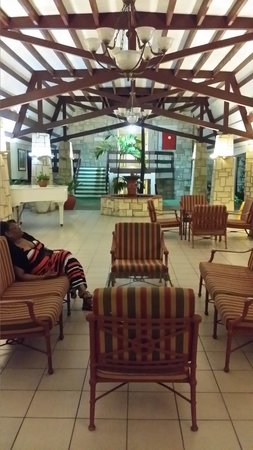 Halcyon Cove by Rex Resorts : Mom in the front lobby
