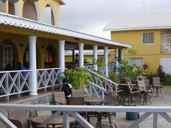 Paradise Beach Hotel: exterior