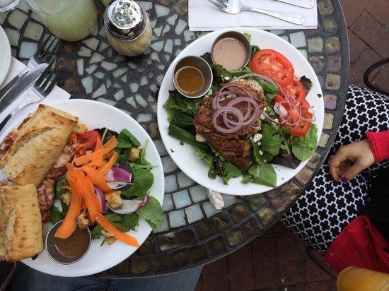 Pascucci Restaurant : Chicken parmesan sandwich and blackened tuna salad which we shared.