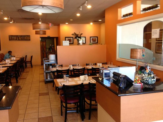 Sai krishna bhavan indian restaurant 10970 chapel hill for 7 hill cuisine of india sarasota