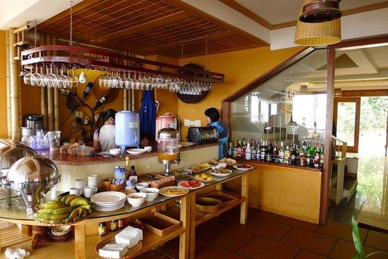 Sapa Panorama Hotel: Dining area.