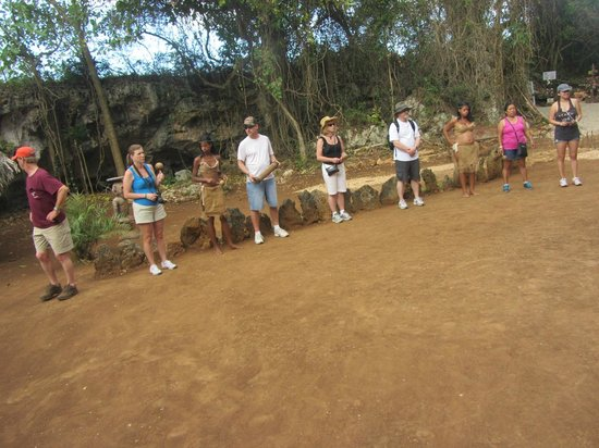 Bavaro Runners Adventures: Learning about the ancient Taino people