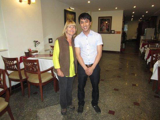 Hanoi Charming 2 Hotel: Tony - Your host at breakfast