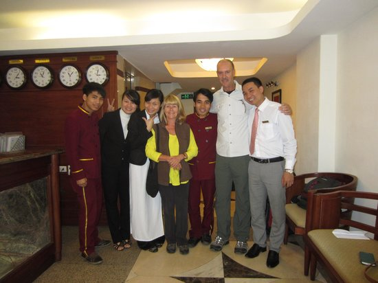Hanoi Charming 2 Hotel: Saying farewell to our friends