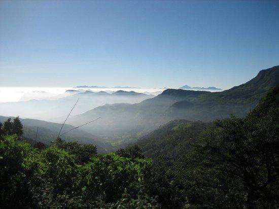 Dumbanagala Chalet: Knuckles Range