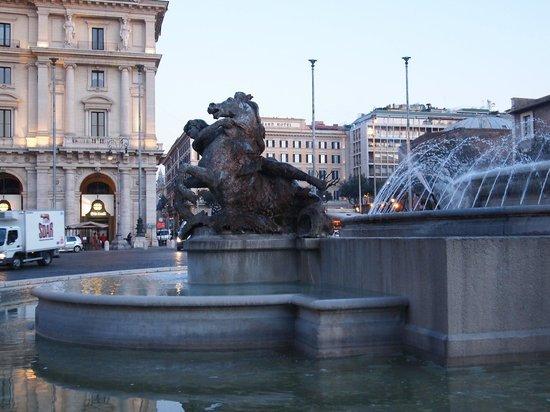 Piazza della Repubblica : Nice