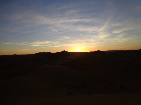 Merzouga Dunes: Coucher de soleil Erg EL Chebbi Merzouga