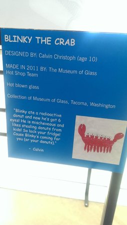 Museum of Glass : Blinky the Crab