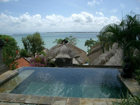 Four Seasons Resort Bali at Jimbaran Bay : 部屋にあるプール