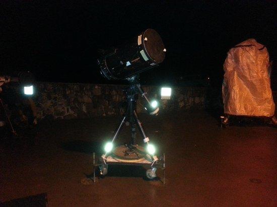 Maunakea Visitor Information Station : Stargazing equipment.