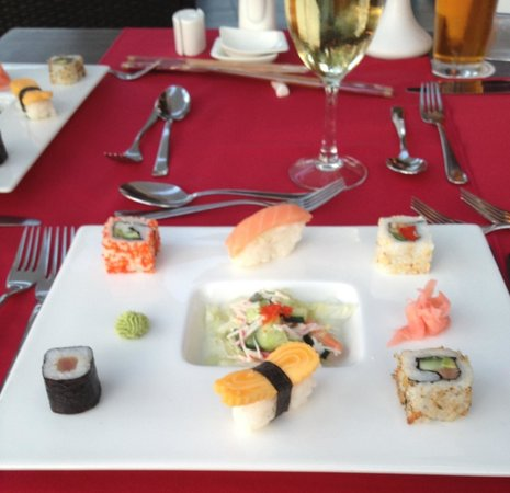 Olympic Lagoon Resort : Sushi @ Japanese