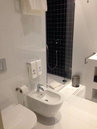 Hotel Portugal : Casa de banho / banheiro