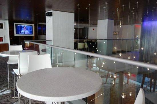 Hotel Indigo: Lounge