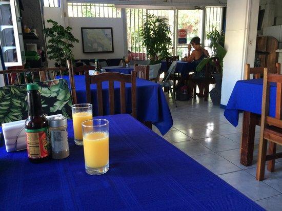 Hotel Flor Blanca: Comedor