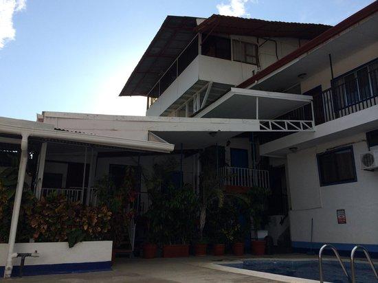 Hotel Flor Blanca: Patio