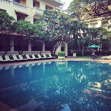 Raffles Hotel Le Royal: Gorgeous pool